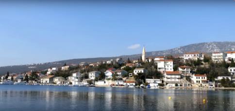 17. Stay at the fisherman village Jadranovo and eat fresh sea-food