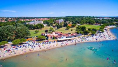 1. Have fun with Your kids at the Bijeca Beach in Medulin