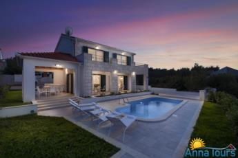 Holiday house with pool Harmony Foto
